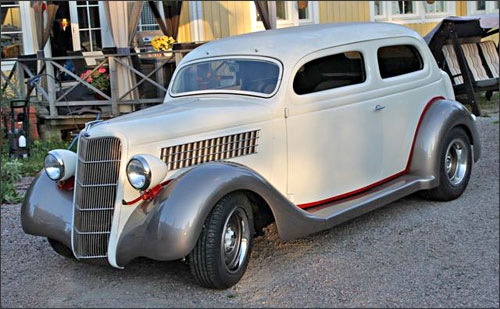 Pete's 1935 Ford