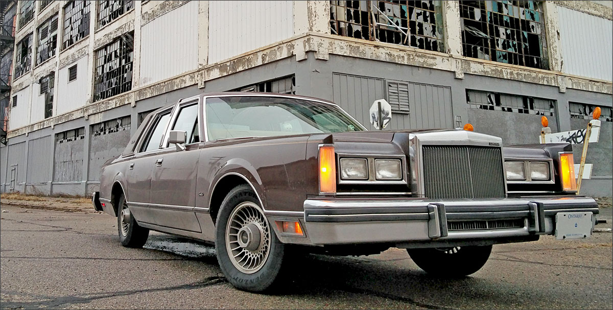 Kevin's 1984 Lincoln Town Car